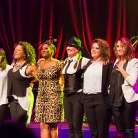 Edsilia Rombley met Mama Sings in Theater de Purmaryn, Purmerend 28-04-2016